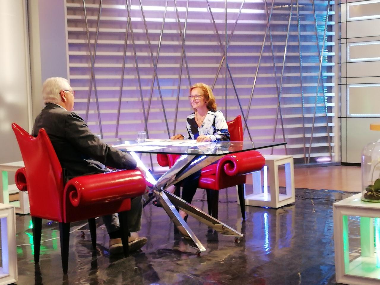 Entrevista en ´El Farol´ de Onda Cádiz.(Spanish)