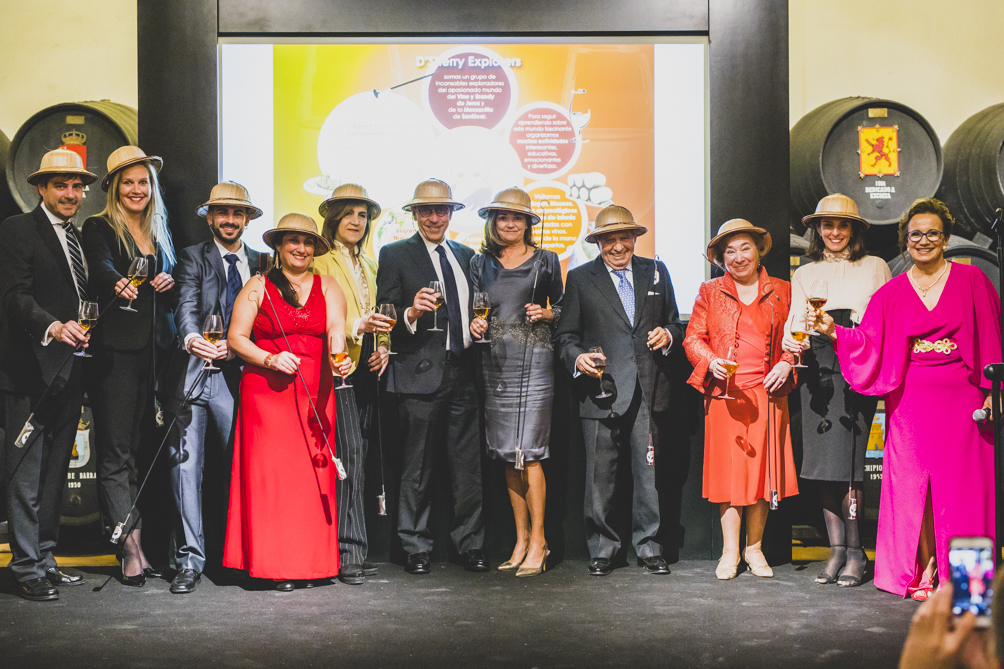 Nº 2.  Juramento de los nuevos Sherry Explorers / Nº 2.  Swearing-in of the new Sherry Explorers